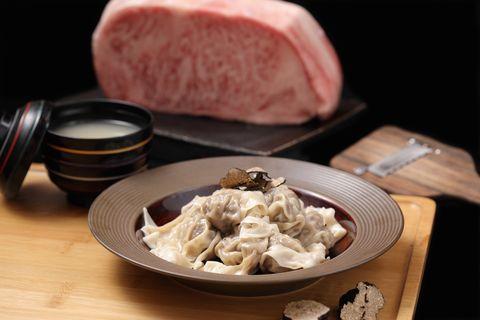 樂軒新品牌推出「紅燒A5和牛牛肉麵 、和牛松露雲吞!」打造全台首家和牛果物嚴選店