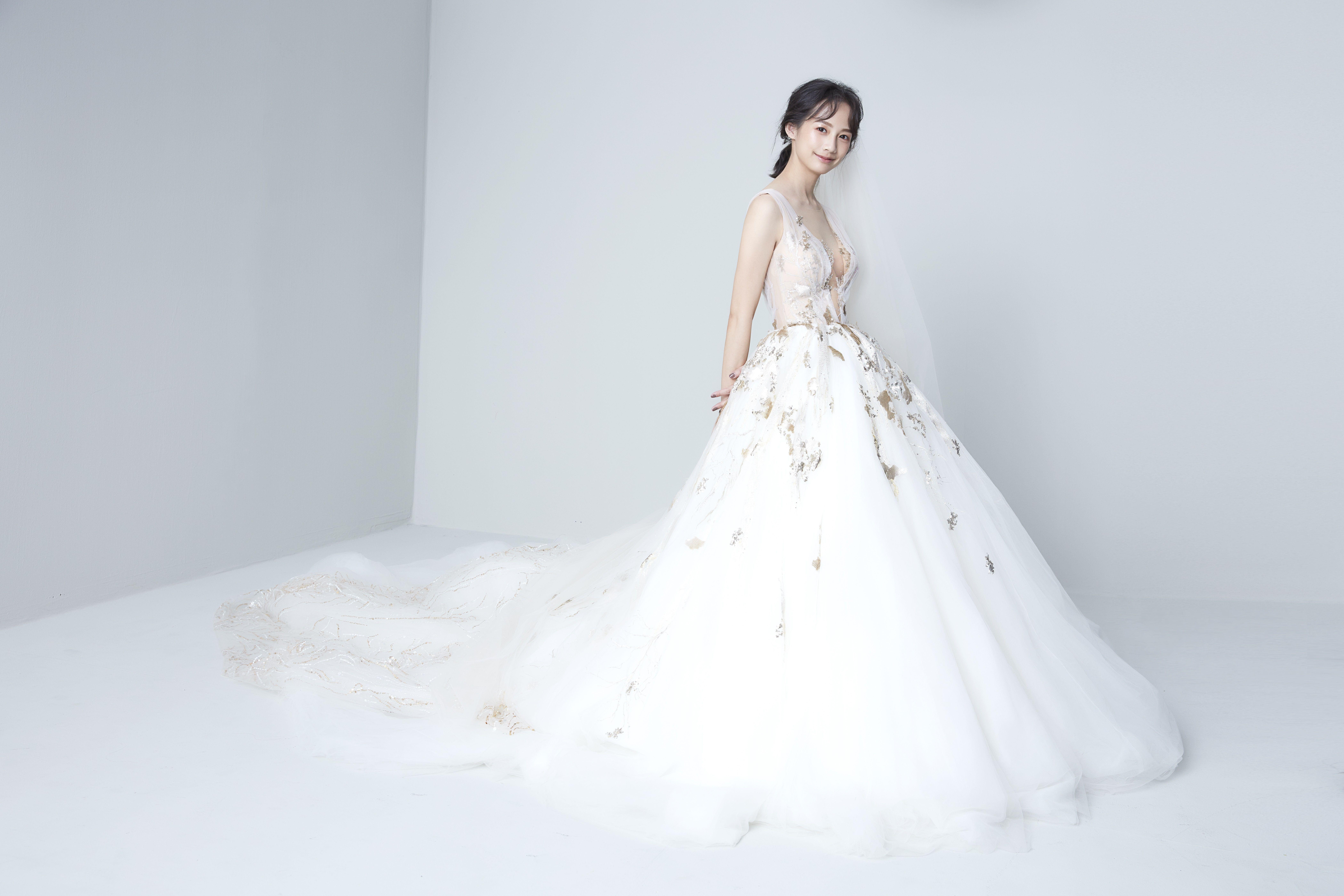 簡嫚書,婚紗