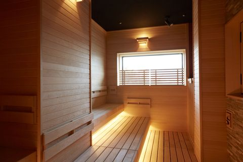 Property, Sauna, Architecture, Room, Lighting, House, Building, Wood, Interior design, Wood stain,