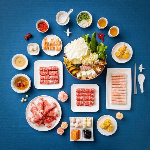 火鍋界lv「橘色涮涮屋」首推4款年菜宅配組!25公斤日本帝王蟹、日本黑毛和牛送到府品嘗