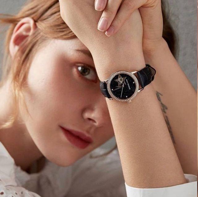 ALLY DENOVO推出機械錶 復古工藝結合時髦設計 錶迷女孩必收!