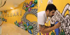 寶格麗邀請義大利當代潮流藝術家 LUCA MALEONTE  為台北101新店改裝外牆作畫