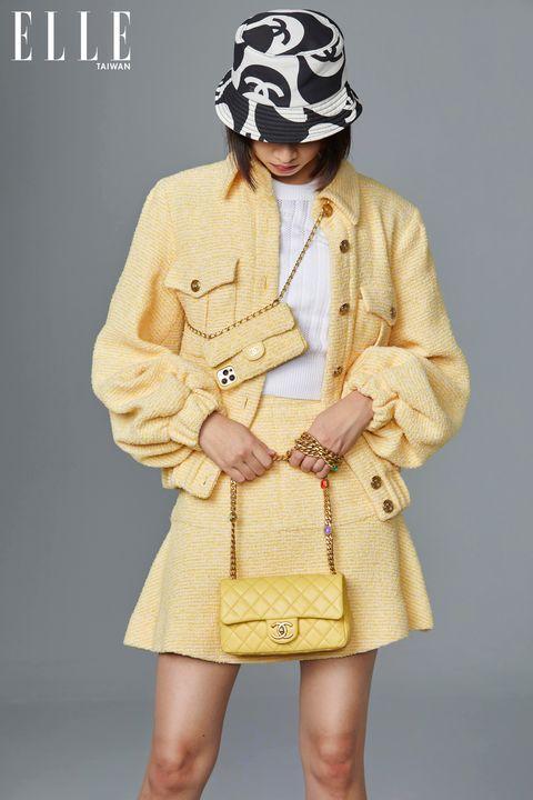 chanel 香奈兒2021推出「亮麗黃」新色口蓋包、手機包!