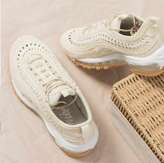 nike air max 97 人氣球鞋推出奶油焦糖色美翻!加入清爽編織設計細節更時髦 球鞋控女生必須收藏