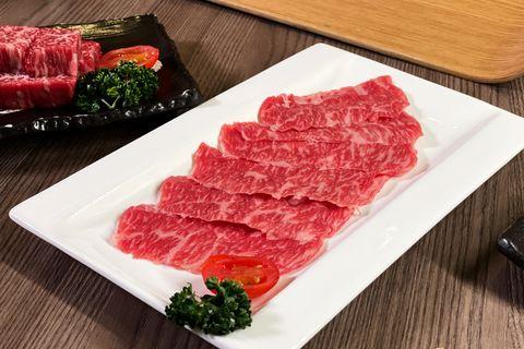 胡同燒肉引進「宮崎香草牛」推出燒肉饗宴