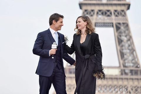 Suit, Formal wear, White-collar worker, Fashion, Standing, Businessperson, Tuxedo, Outerwear, Gesture, Photography,