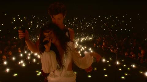 尚恩曼德斯(Shawn Mendes)和卡蜜拉(Camila Cabello)合體演唱〈Señorita〉