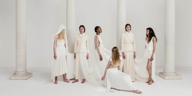 時尚秀線上看!dior 2022 早春度假系列大秀直播 前進希臘雅典神殿太夢幻