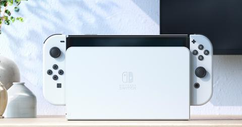 任天堂全新switch oled登場!7吋大螢幕、極簡純白配色⋯5大亮點好心動