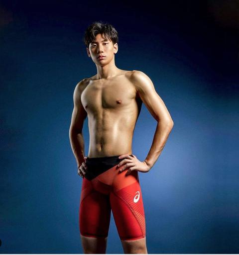 東京奧運男神游泳隊「亞洲人魚」台灣碟王 王冠閎