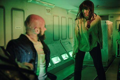 2021下半年【netflix 排行13部電影推薦】《當男人戀愛時》上架,超反轉《接線追緝》、《血色天劫》必追