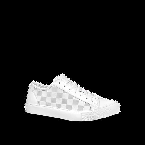 精品小白鞋最新潮流快跟上!lv、fendi、offwhite白色球鞋一套上就是最懂穿男子