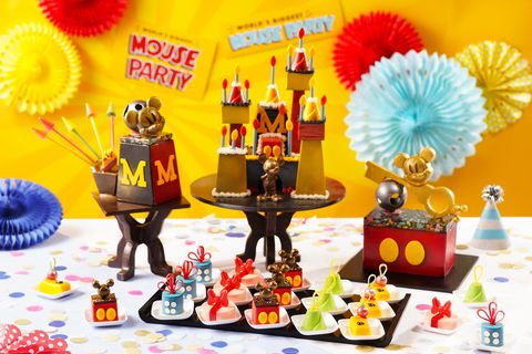 Yellow, Party, Birthday party, Toy, Pom-pom, Birthday, Table, Cheerleading, Action figure,