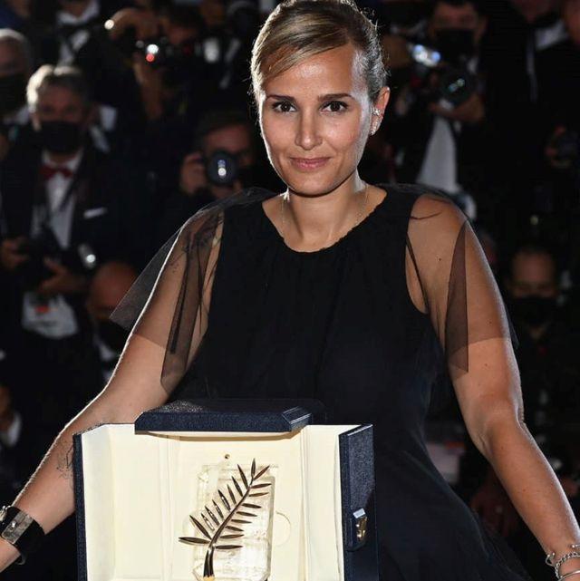 2021坎城影展金棕櫚獎得主《鈦》年底在台上映!茱莉亞迪克諾成為影史第二位獲金棕櫚獎加冕女導演