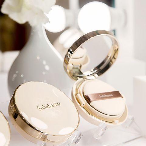 Product, Wedding ceremony supply, Fashion accessory, Wedding ring, Tableware,