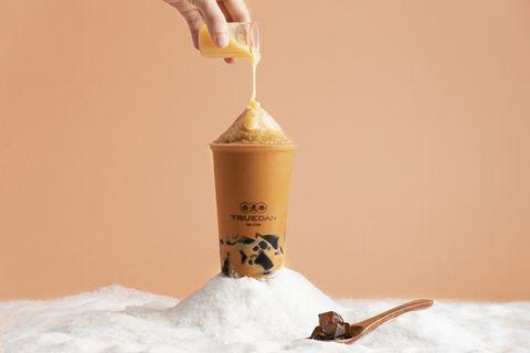 珍煮丹打造全台首款剉冰手搖飲!黑糖珍奶雪沙、泰泰仙草雪沙