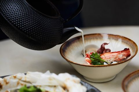 line taxi推星級餐廳外送「享饗送」!首創明星主廚料理「管家式服務」專人、專車送到府