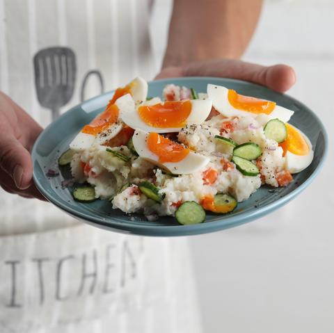 馬鈴薯溏心蛋沙拉《做自己的運動營養師:掌握增肌減脂營養關鍵x主廚特製運動餐,吃好吃飽才能瘦,打造理想體態不求人》