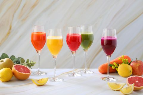 Drink, Champagne cocktail, Juice, Non-alcoholic beverage, Punch, Wine glass, Cocktail, Alcoholic beverage, Stemware, Wine cocktail,