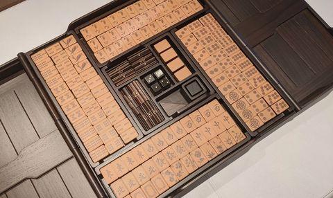 hermés 愛馬仕居家時髦玩具小物 helios mahjong set 皮革麻將組細節