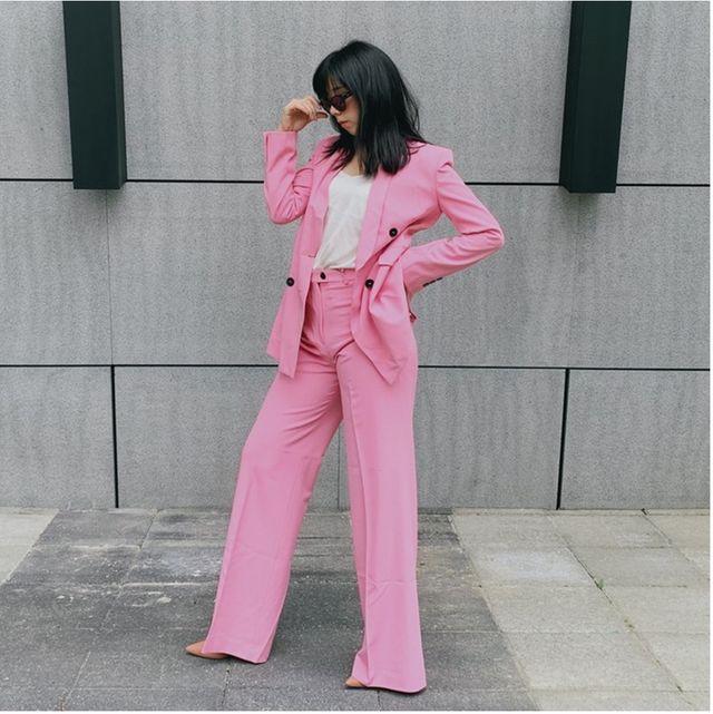 Clothing, Pink, Outerwear, Blazer, Fashion, Jeans, Jacket, Waist, Street fashion, Leg,