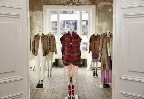 Room, Tartan, Boutique, Plaid, Fashion, Design, Pattern, Textile, Closet, Interior design,