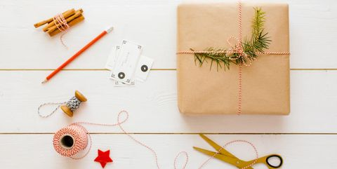 Incartare pacchetti regalo