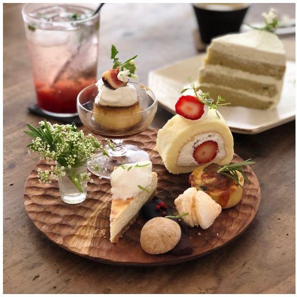 Food, Dish, Cuisine, Brunch, Ingredient, À la carte food, Comfort food, Dessert, Finger food, Breakfast,