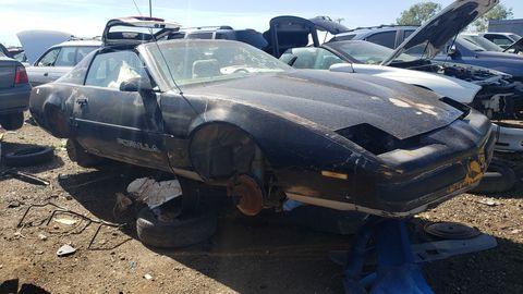 1989 pontiac firebird formula in colorado junkyard
