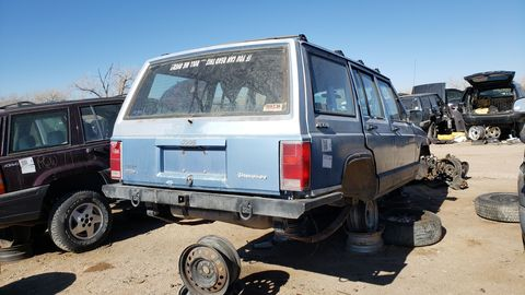 1990 jeep cherokee in colorado junkyard