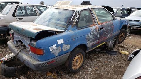 1992 nissan sentra in colorado junkyard