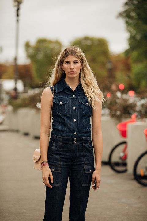 Denim, Jeans, Clothing, Street fashion, Overall, Fashion, Standing, Waist, Textile, Fashion model,