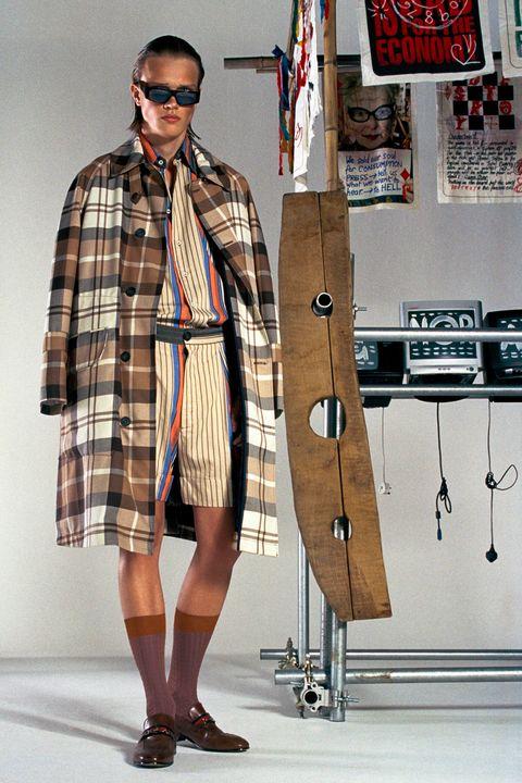 Clothing, Fashion, Tartan, Plaid, Eyewear, Street fashion, Pattern, Design, Coat, Textile,