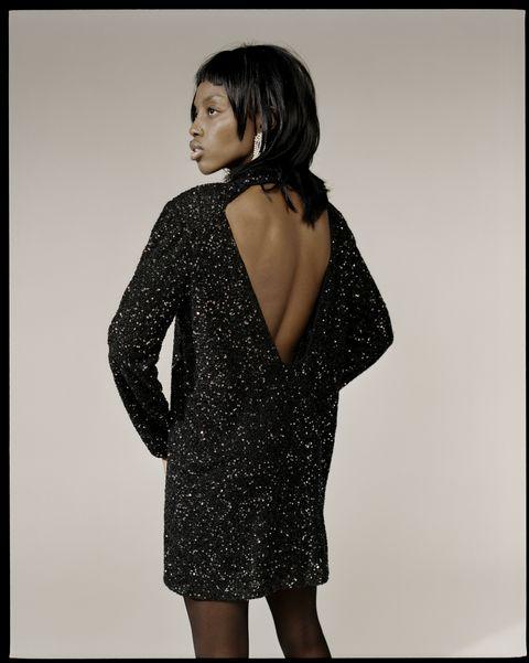 Sleeve, Shoulder, Joint, Collar, Style, Pattern, Dress, Black hair, Neck, Day dress,