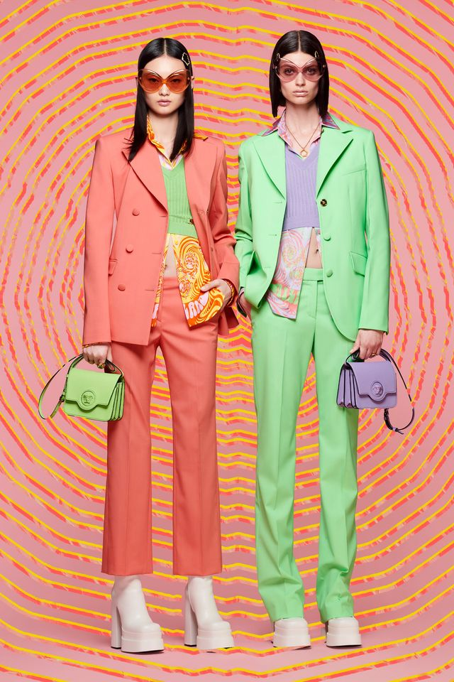 versace resort 2022 full collection