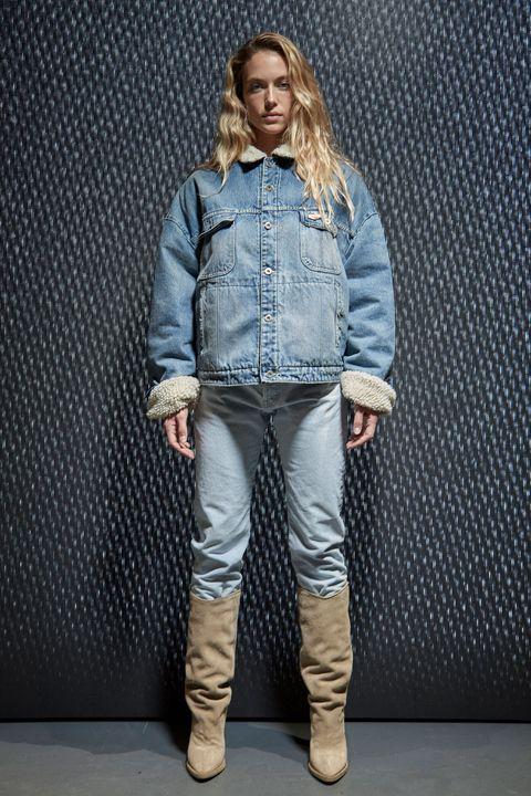 Sleeve, Collar, Textile, Jacket, Outerwear, Denim, Boot, Style, Street fashion, Fashion,