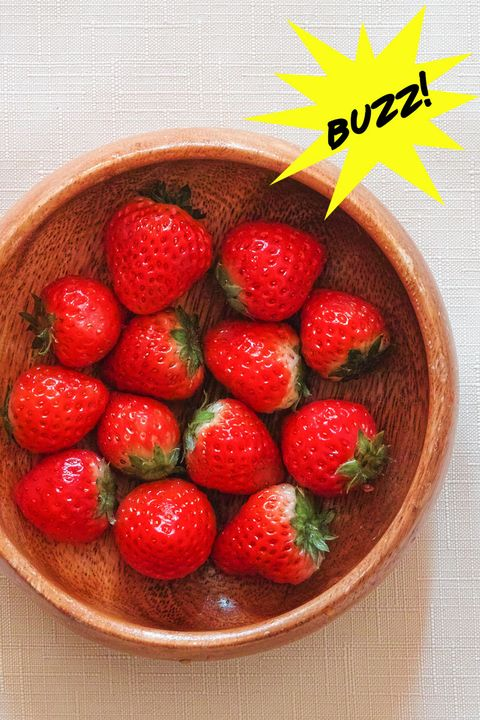 Strawberry, Natural foods, Food, Strawberries, Fruit, Berry, Plant, Superfood, Produce, Frutti di bosco,