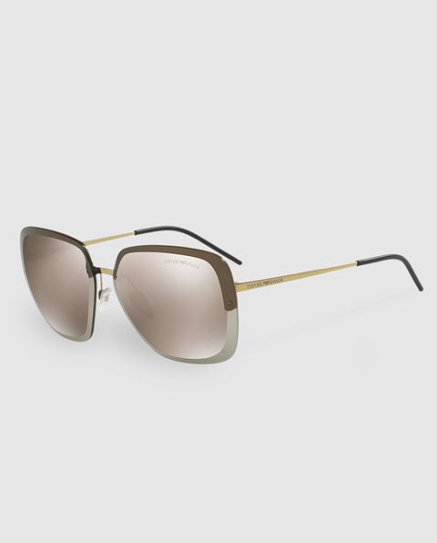 Eyewear, Sunglasses, Glasses, Personal protective equipment, aviator sunglass, Transparent material, Vision care, Goggles, Beige, Material property,