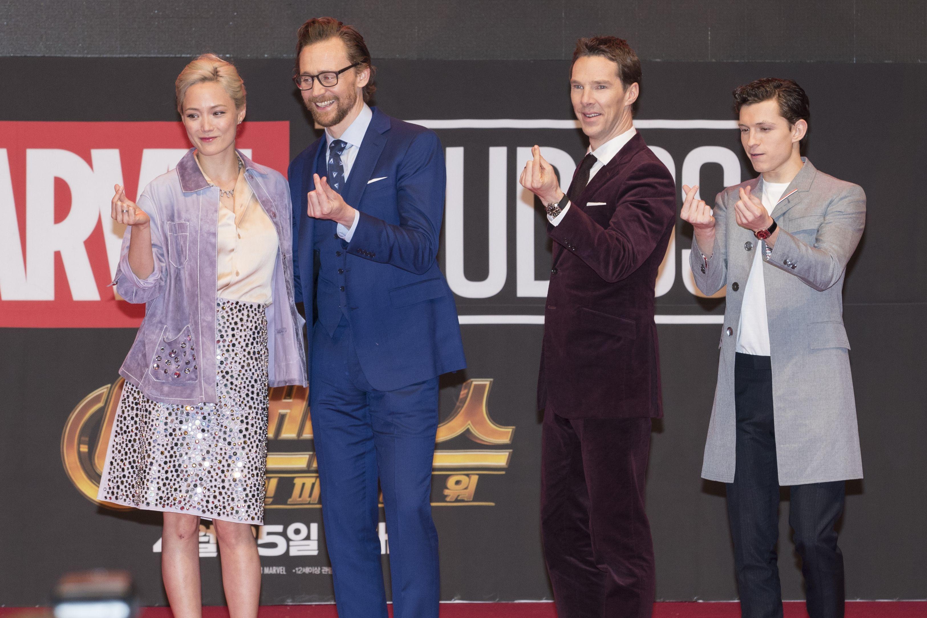 班奈狄克康柏拜區,Benedict Cumberbatch,班尼狄克,手指愛心,奇異博士