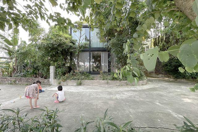 la casa sul fiume duong, ad hanoi, di vna