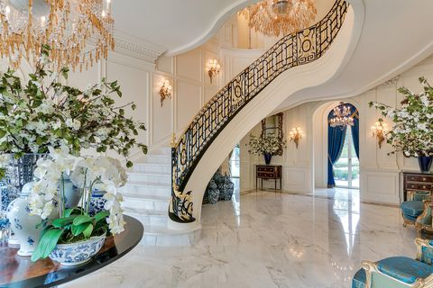 Versailles Mansion Long Island