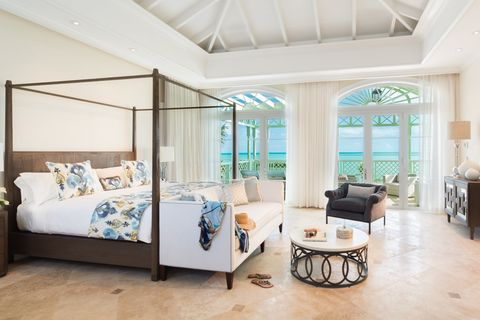 Property, Room, Furniture, Interior design, Building, Ceiling, Living room, Real estate, House, Floor,