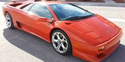 Land vehicle, Vehicle, Car, Supercar, Lamborghini diablo, Sports car, Automotive design, Lamborghini, Alloy wheel, Rim,