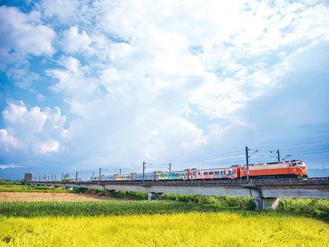 臺鐵郵輪式列車