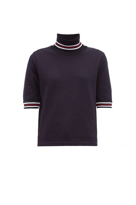 Clothing, Sleeve, T-shirt, Purple, Violet, Jersey, Neck, Outerwear, Maroon, Polo shirt,