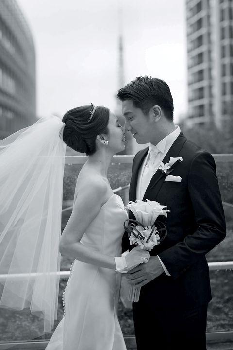 Photograph, White, Bride, Black, Wedding, Ceremony, Gown, Wedding dress, Black-and-white, Monochrome photography,