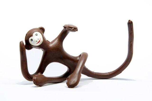 Zizì, la scimmietta in gommapiuma armata di Bruno Munari