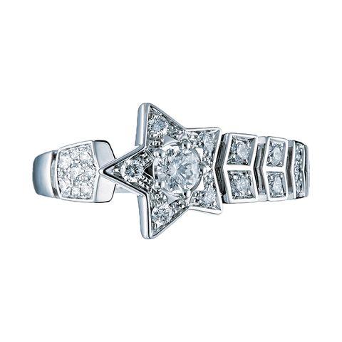 Diamond, Ring, Platinum, Jewellery, Fashion accessory, Engagement ring, Gemstone, Body jewelry, Metal, Silver,