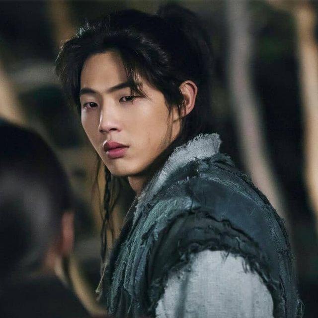 金志洙確定下車《月升之江》!趙炳圭、朴慧秀接連捲入霸凌案,最大受害者其實是他