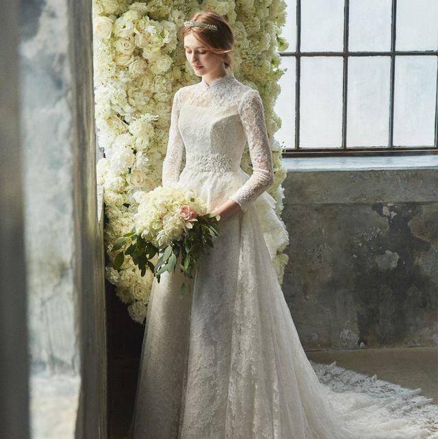 ブライダルハウスtutuのロングスリーブドレス